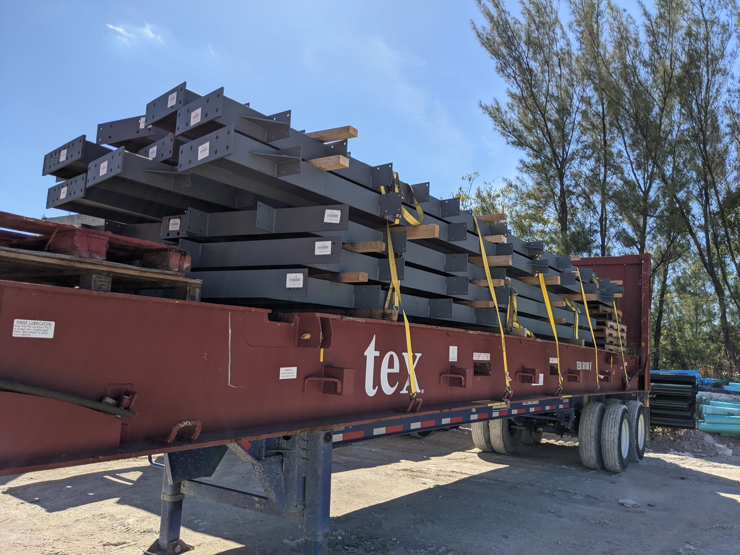 steel_building_delivery